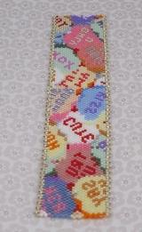 <h5>Kiss Me - Vicki allen</h5><p>Peyote, bead and Button                                                                                                                                                         </p>