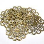 20-Bronze-Tone-Filigree-Flower-Wraps-Charms-Hollow-Connectors-Embellishments-Findings-6x6cm.jpg_640x640